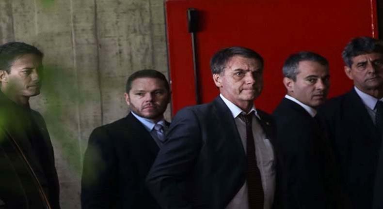 Condsef/Fenadsef entrega à equipe de Bolsonaro plataforma dos servidores