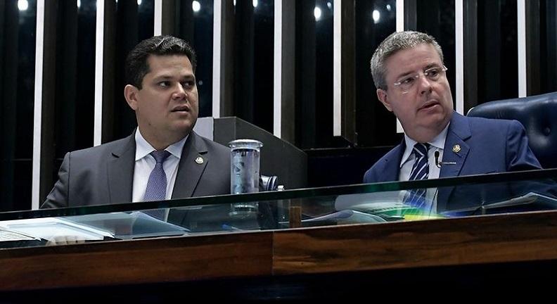 Davi e Anastasia pedem, em nota, responsabilidade ao presidente Bolsonaro
