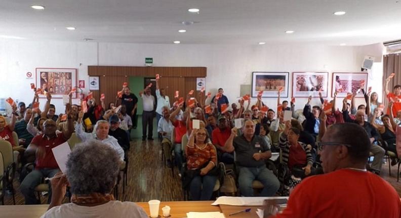Empregados da Ebserh deflagram greve por tempo indeterminado