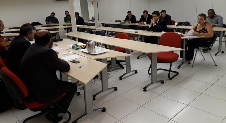 Entidades vão ao MPT contestar decreto que amplia terceirização no setor público