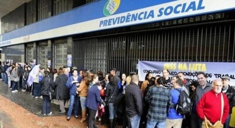 Governo Bolsonaro dificulta vida de aposentados e pensionistas