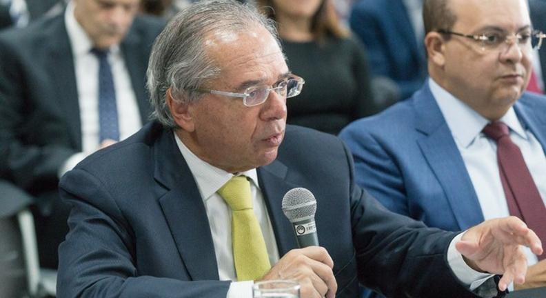 Ministério da Economia suspende contratações de bens e serviços