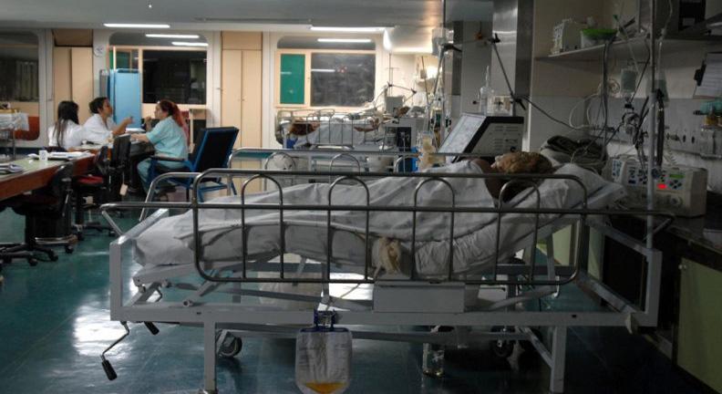 Negligenciada por 'cortinas de fumaça, Saúde agoniza; nos próximos anos