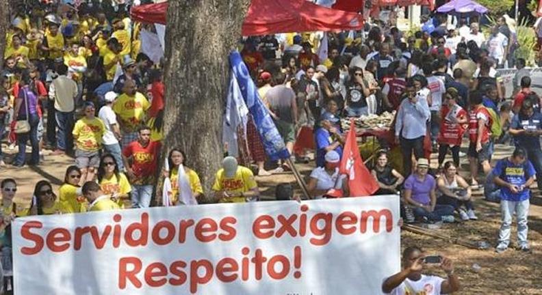 Ofendendo servidores, Guedes desqualifica o debate sobre Estado brasileiro