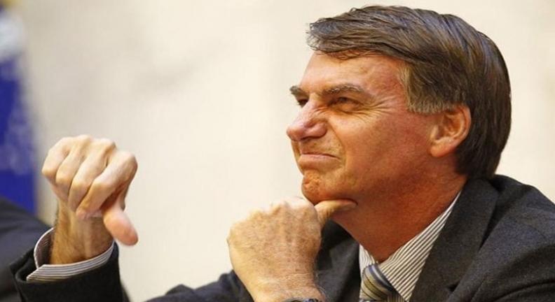 Recuos de Bolsonaro demonstram despreparo para dirigir o país