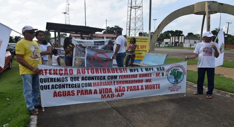 Sindsep-AP participa de ato dos atingidos por barragens em Ferreira Gomes
