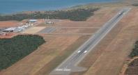 Na contramão do mundo, governo vende aeroportos para estatais estrangeiras
