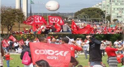 Bolsonaro tenta acordo nacional, mas população continuará nas ruas
