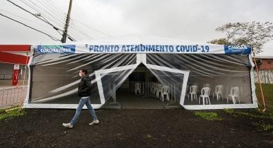 Bolsonaro veta indenização a profissionais de saúde vitimados pela Covid-19