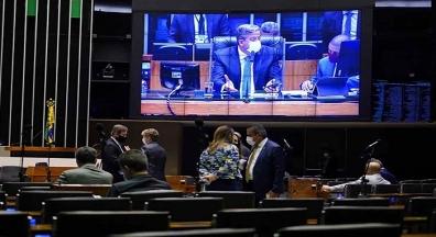 Câmara aprova projeto de lei que dispensa licenciamento ambiental