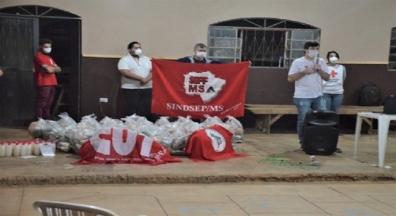 Campanha de solidariedade do Sintsep-MS faz sua primeira entrega de alimentos