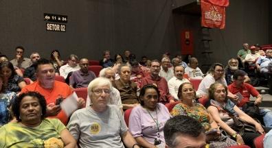 Centrais sindicais aprovam plano e manifesto em defesa do serviço público
