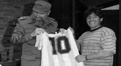 Dica cultural de sexta: Maradona