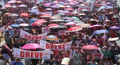 Em 2018, trabalhadores fizeram 1.453 greves em todo país, aponta Dieese