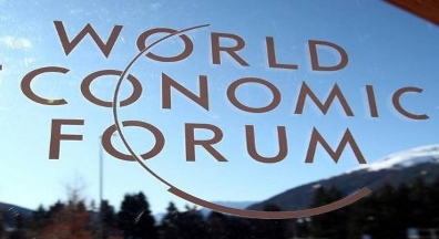 Em Davos: Guedes reforça importância de congelamento do salário do funcionalismo