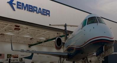 Em plena crise, Embraer reajusta salários da cúpula da empresa