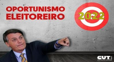 Em queda na popularidade e visando eleição, Bolsonaro quer dar reajuste a servidor