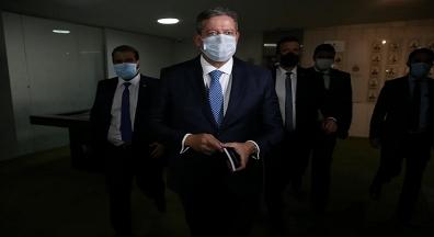 Falta governo agir mais fortemente em defesa da reforma administrativa, diz Lira