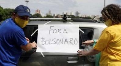 'Fora, Bolsonaro!' dizem ex-apoiadores do presidente em carreatas país afora