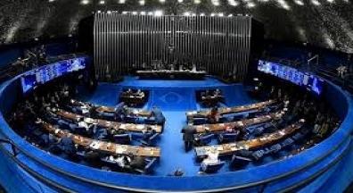 Governo recua e retira cortes de gastos mínimos com saúde e educação da PEC 186