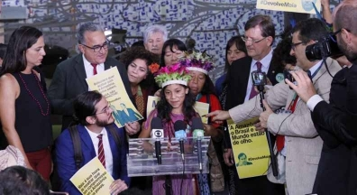 Indígenas querem que Maia devolva projeto sobre mineração em terras demarcadas