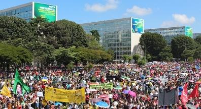 Milhares aderem à paralisação nacional dos professores contra cortes da Educação