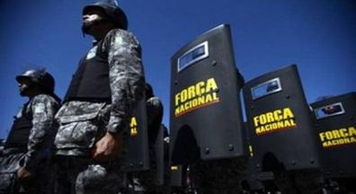 Moro relembra regime militar e recebe com tropas nas ruas protestos populares