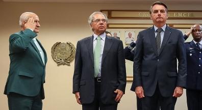 Portaria de Guedes eleva salários de Bolsonaro e ministros militares em até 69%