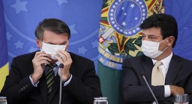 Profissionais da saúde pedem soluções e criticam ameaça de demissão de Mandetta