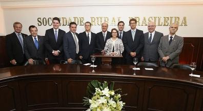 Quem são os principais financiadores de Ricardo Salles, ministro do Meio Ambient