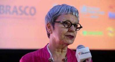 Reforma Administrativa constitucionaliza a precarização, denuncia socióloga