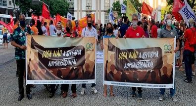 Sinfa-RJ participa de ato contra Reforma Administrativa