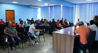 Trabalhadores de Manaus se preparam para o Dia do Basta, em 10 de agosto