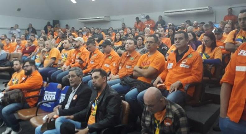 TST acata pedido da Petrobras e autoriza bloqueio de contas dos sindicatos